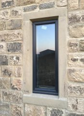 Single Window Surround Stone